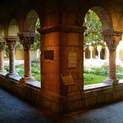 guided tour of the cloisters museum new york
