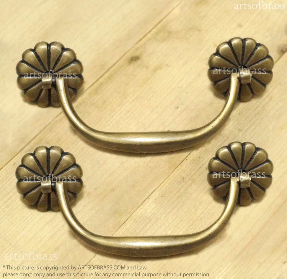 2 Pcs Vintage Flowers Rosette Bail Pulls Brass Handle