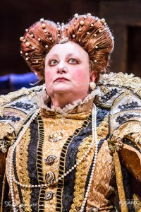 Robyn Scott reprises her Fleur du Cap Theatre Award winning role as Elizabeth I in SHAKESPEARE IN LOVE. (Photo: Daniel Rutland Manners).