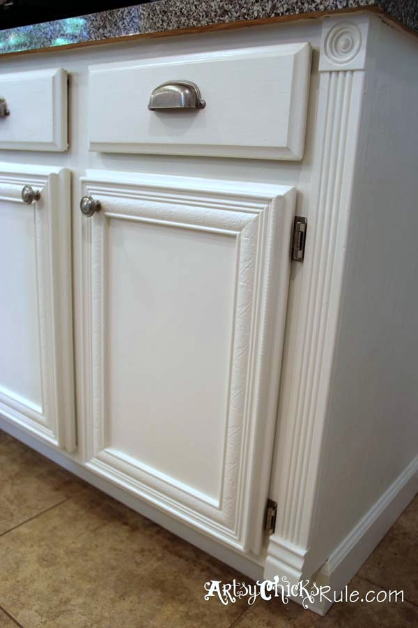 Kitchen Cabinet Makeover Annie Sloan Chalk Paint Artsy Chicks Rule®