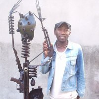 Gonçalo Mabunda: arte com armas