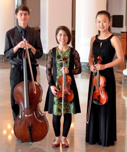 L-R David Bender, Maggie Kasinger and Kaili Wang.