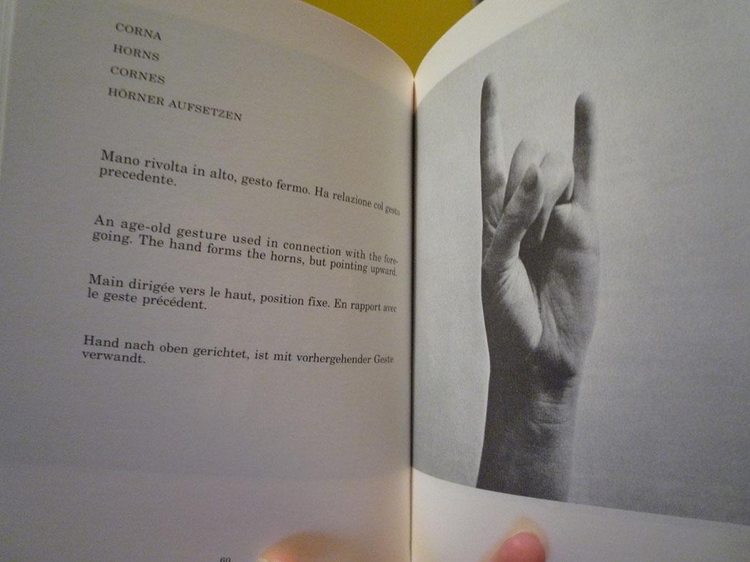 Italian Hand Gestures - the Dictionary - ArtTravArtTrav