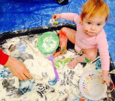 painting and creative fun classes for babies and toddlers in teesside