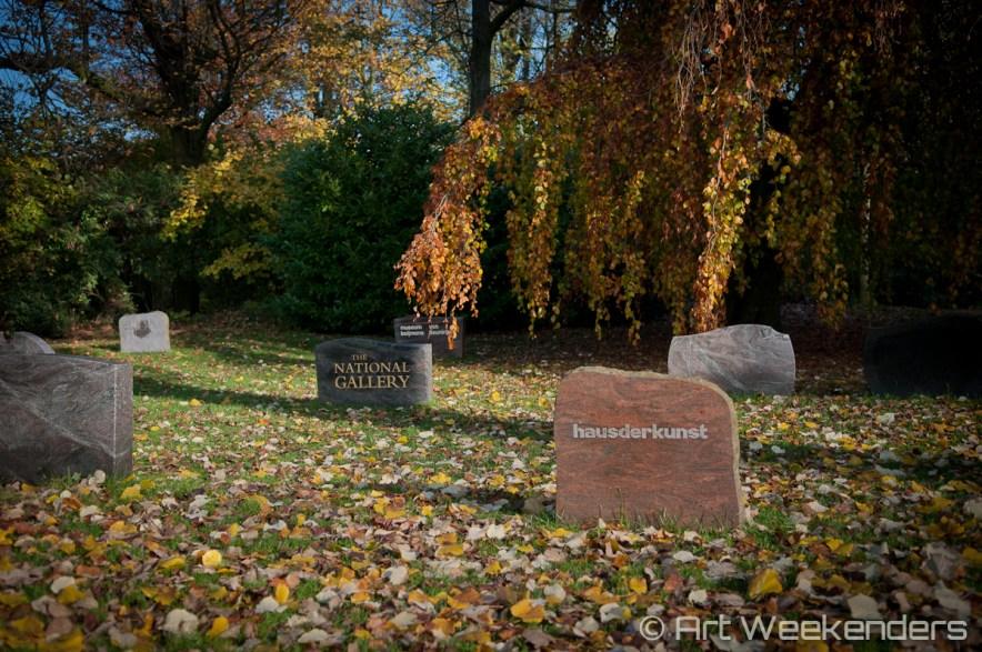 Belgium-Ghent-Track-graves