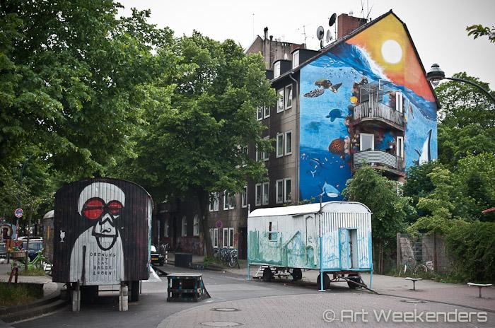 Germany-Duesseldorf-Kiefernstrasse-street-art