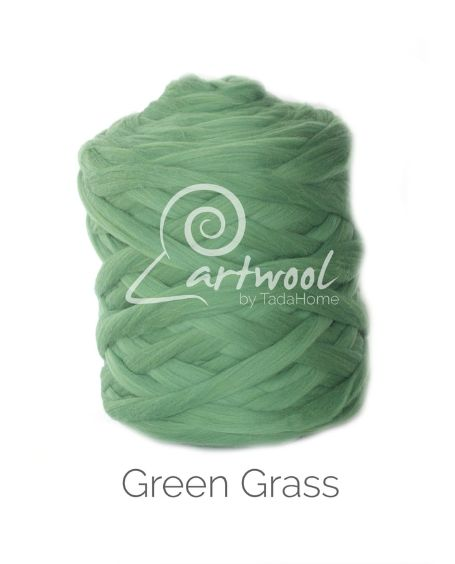 Green Grass 100% Merino Yarn Wool Giant Chunky Extreme Big Arm Knitting 1 kg