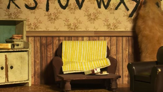 Hamster Things, Stranger Things Couch