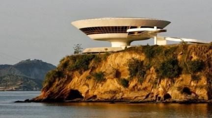 Oscar Niemeyer - Museo di Arte Contemporanea di Niteroi