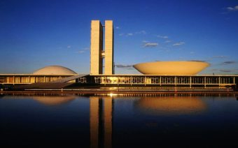 Oscar Niemeyer - Brasilia National Congress