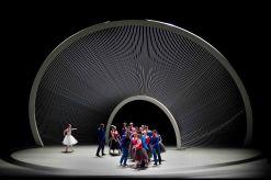"""Scenografia di Santiago Calatrava per il """"New Coreography and Music Festival"""" al Lyncoln Center"""