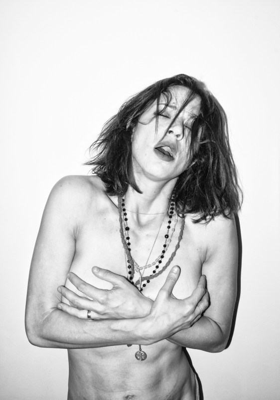 Asia Argento - From: the eyes can see what the mouth can not say