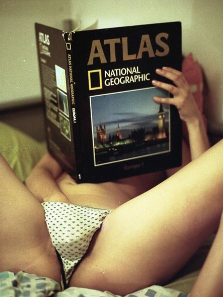 Reading National Geographic - From shitndie.tumblr.com