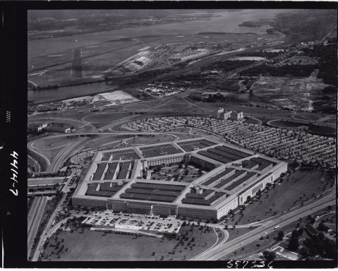 George Edwin Bergstrom David Witmer War Department, Pentagon, Arlington, Virginia (1941-1943), overall view from the air, 1953 National Archives and Records Administration, Washington