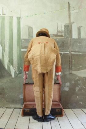 L'uomo nella valigia - Paolo Ventura