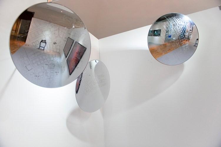 Can Altay Southern Ankara Blues 2012-2014 Laser-Etching on Acrylic Convex Mirror 60 cm in diameter Collezione privata, Milano Courtesy Enrico Astuni, Bologna