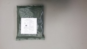 Il sacco in plastica verde scuro ricorre in molti casi