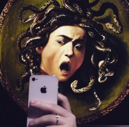 museumselfies.tumblr.com