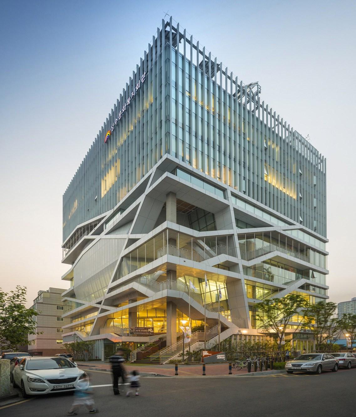 Seongdong Cultural & Welfare Center - Jang Yoon-gyoo