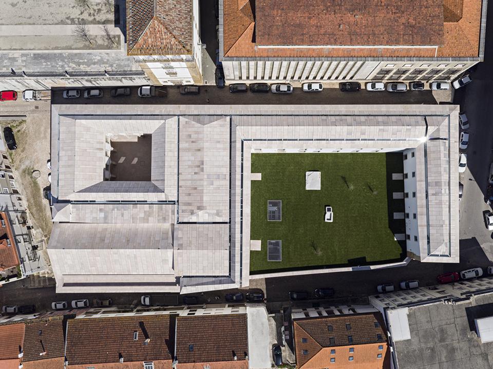 Nelson Garrido - Trinity College, Aires Mateus