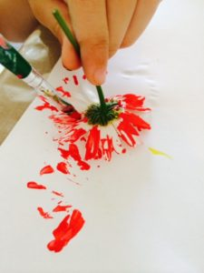 Arty Crafty Kids - Painting with Nature