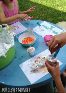 Arty Crafty Kids - 15 Water Bead Sensory Activities