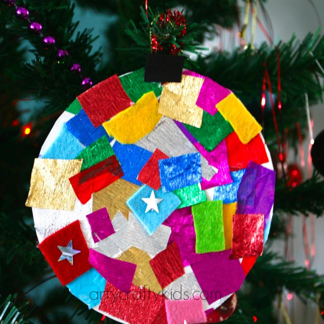 Arty Crafty Kids - Craft - Christmas Craft for Kids - Paper Plate Bauble & Paper Plate Baubles