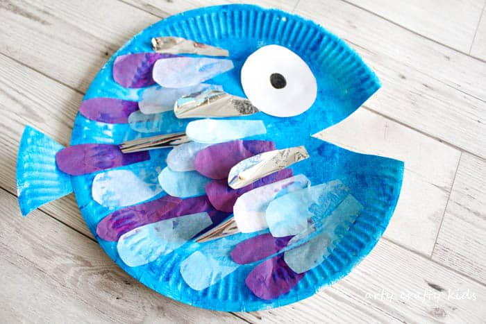 Arty Crafty Kids | Book Club | Craft Ideas for Kids | The perfect fish craft for kids who love the book Rainbow Fish