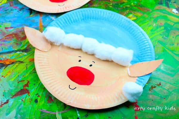 Arty Crafty Kids | Christmas Craft | Paper Plate Christmas Elf Craft | Super cute and & Paper Plate Christmas Elf Craft - Arty Crafty Kids