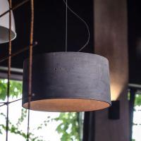 Beton Hängeleuchte mit großen, zylindrischen Lampenschirm ...