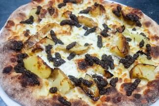 Pizza bianca Tartufo e patate