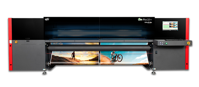 EFI PRO 32 R+ 8 CMYK + white pre-printing heads with 7-pl UItraDrop technology and 847 dpi resolution. Supports flexible and rigid materials. Roll width up to 320 cm or multi-roll (2) up to 160 cm.