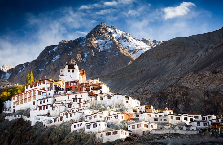 List of Best Places to visit in Lah and ladakh India