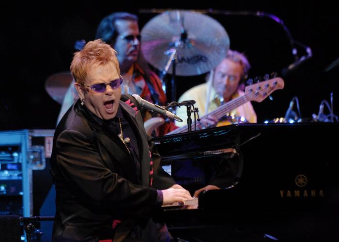 Elton John în Costa Smeralda