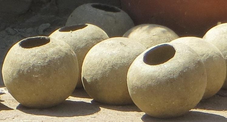 Ateliers fabrication de jarres d'irrigation, dites Ollas ou Oyas Association Arzenémoi Villebazy Nature Ecologie Aude