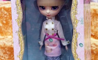 Zoom Pullip Les Secrets by Laduree