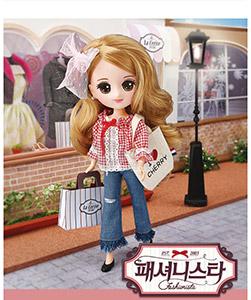 Jury fashionista doll