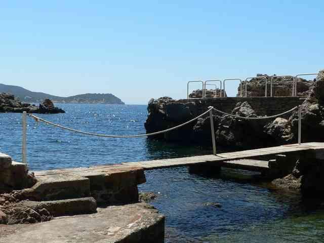 Photo De Plage Prs De Toulon Vacances En Bateau