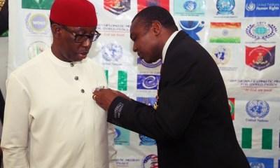 Governor Okowa receives Mandela Medal Award