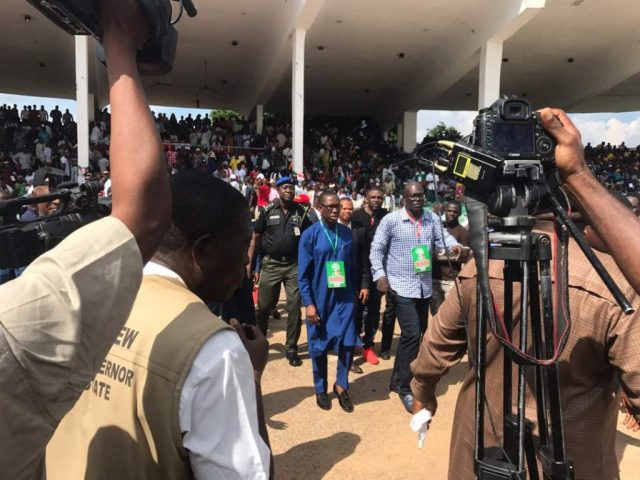 Governor Okowa (left) and Delta State PDP Chairman, Kingsley Esiso at 2018 Guber Primary
