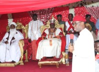 Delta State Governor, Senator Ifeanyi Okowa (right) and His Royal Majesty, Ogiame Ikenwoli the Olu of Warri Kingdom and His Eminence Sultan Muhammadu Saad Abubakar III, the Sultan of Sokoto during the 3rd Coronation Anniversary of the Olu of Warri.