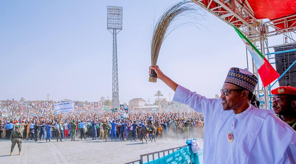 President Muhammadu Buhari Waves APC Broom at a Campaign Rally
