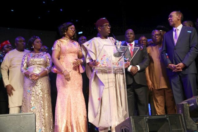 PDP Presidential Candidate, Alhaji Atiku Abubakar (3rd right); Delta State Governor, Senator Ifeanyi Okowa (middle); his wife, Dame Edith (3rd left) former Governor of Delta State, Chief James Ibori (left); wife of Delta State Deputy Governor, Engr. Ebierin Otuaro (2nd left); Senator Ben Murray-Bruce (right) and Others, at the Silverbird 2018 Man of the Year Awards