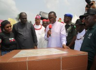 Delta State Governor, Senator Ifeanyi Okow (middle); Commissioner for Works, Chief James Augoye (right); Chairman, Isoko South Local Government Area, Hon. Itiako Ikpokpo (2nd left); President General Isoko Progresses Union, Chief Iduh Amadhe (2nd right) and Hon. Esievo Edna, during the Commissioning of Emede Ring Road with a Spur to Ovie Palace Road, Emede in Isoko South Local Government Area, Delta State.