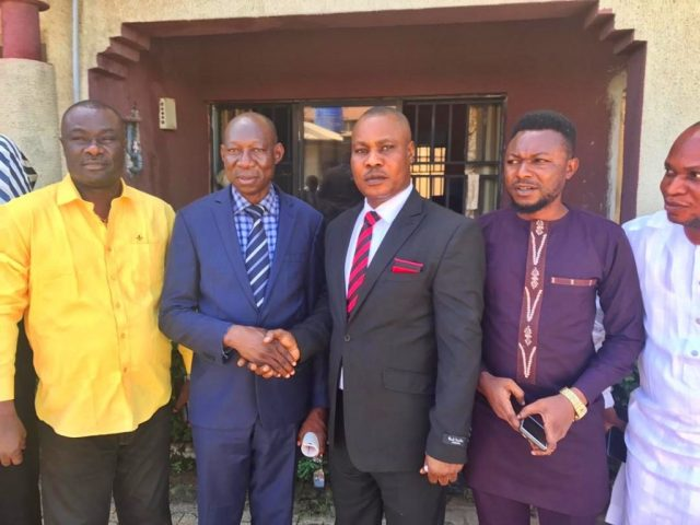 The outgoing Commissioner, Ministry of Urban Renewal, Chief Julius Takeme (middle) and Permanent Secretary in the ministry, Mr. David Onekpa (2nd left).