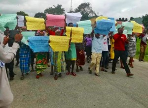 Iko Community Protesting Ill Treatment by SEEPCO and NPDC