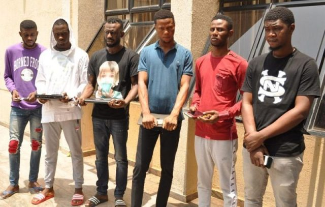 Suspected Yahoo Boys Arrested in Abuja