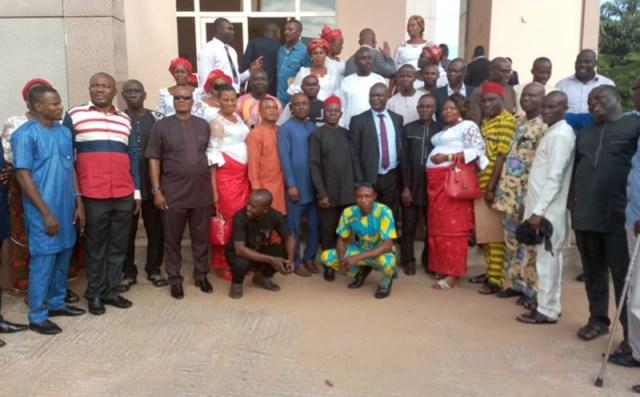 Hon Ferguson Onwo flanked by Aviara Ward 3 PDP members
