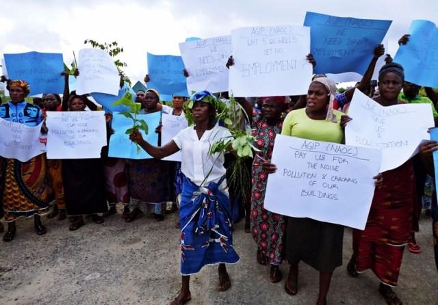 Oleh Community Protest AGIP (2)