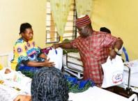 Osanebi's Birthday: Mr Prayer Pemu a.k.a Mc Orange, distributing Gifts Items to Patients